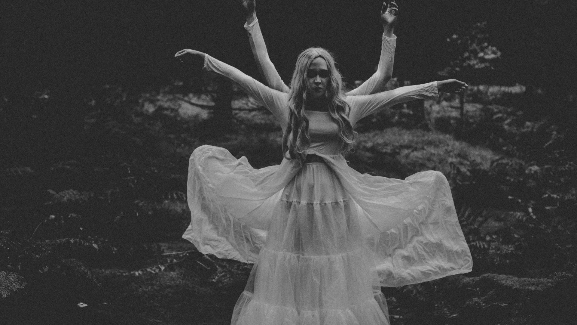 Ethereal Portraits in Stockhill Woods Horror Photography